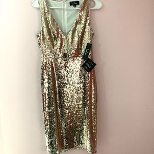 Lulu's Kacey Silver Sequin Dress Size Small. NWT